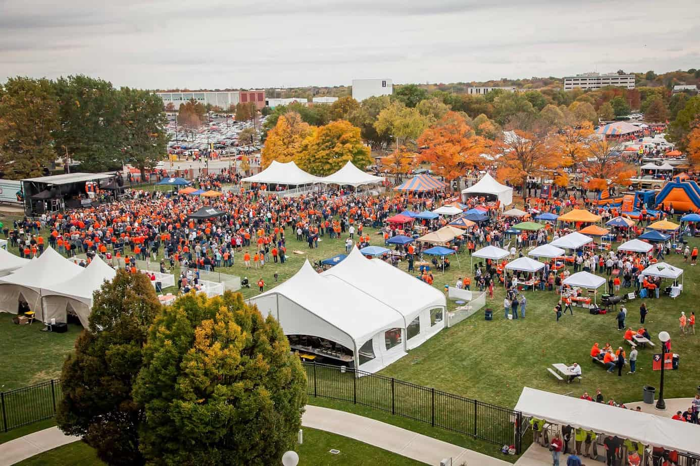 Tailgating at University of Illinois