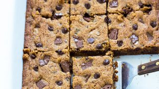 easy-chocolate-chip-toffee-bars