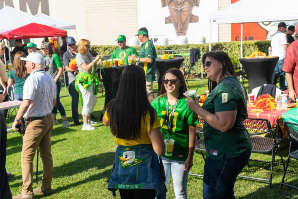 Oregon Ducks Tailgate Service at Autzen